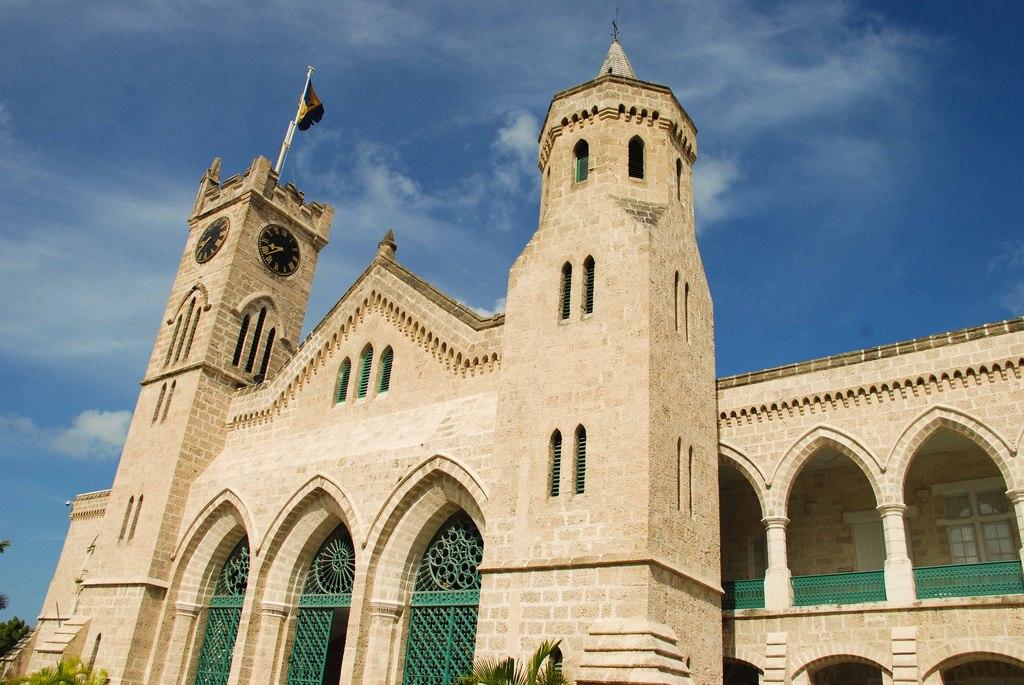Nhà thờ Saint John nằm trên độ cao 800m với phong cách kiến trúc Gothic.