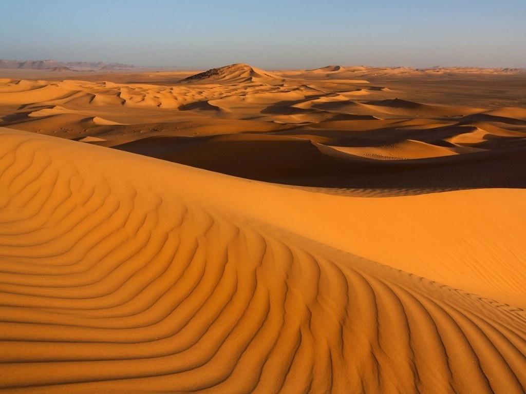 Khám phá sa mạc Sahara, sa mạc lớn nhất châu Phi.
