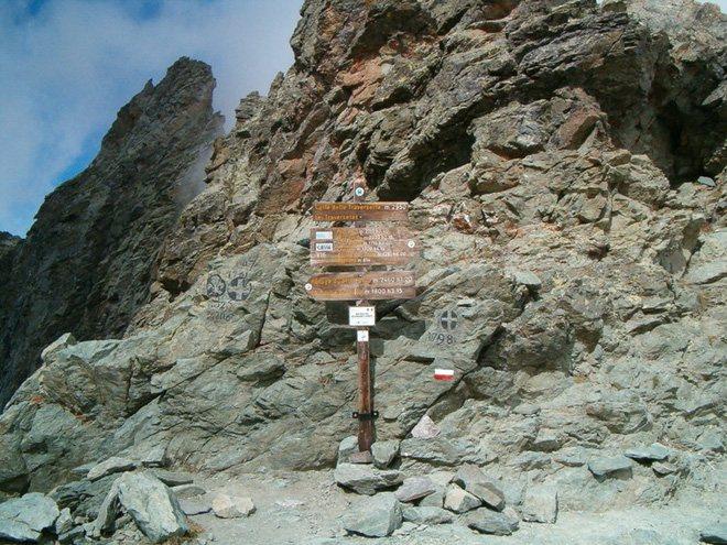 Đèo Col de Traversette nằm trên dãy Alps.