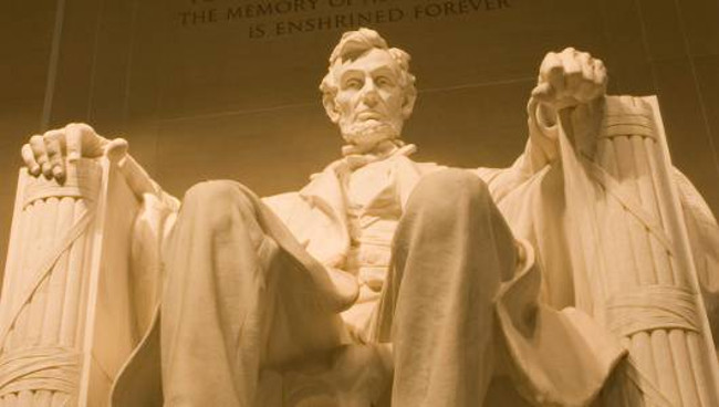 Nhiều người cho rằng ông Lincoln qua đời do một lời nguyền đối với các tổng thống Mỹ.