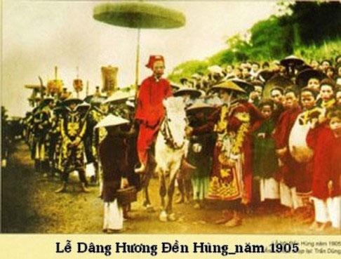Hình ảnh Lễ dâng hương Đền Hùng vào năm 1905.