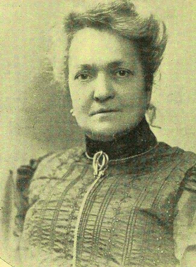 Chân dung Eusapia Palladino, bà đồng gây tranh cãi nhất trong lịch sử.