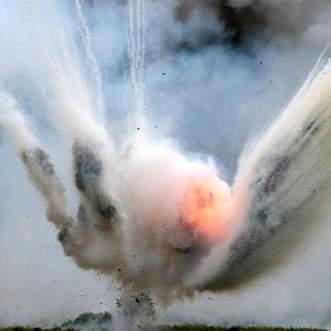 Làm thế nào để sống sót trước một vụ nổ lựu đạn?