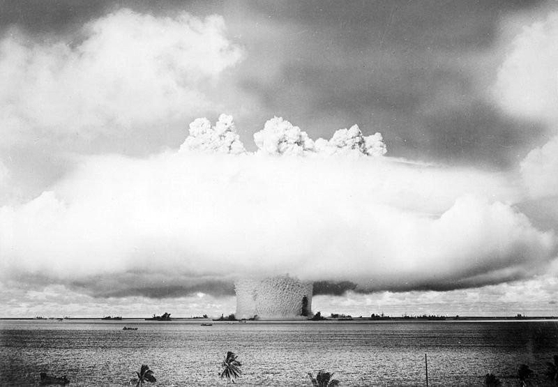 Trên hòn đảo này Mỹ đã sản xuất 2 quả bom nổi tiếng khác là Fat Man và Little Boy