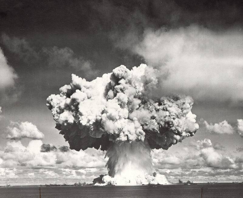 2 quả bom này sau đó đã được thả xuống Hiroshima và Nagasaki của Nhật Bản