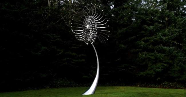 Nghệ thuật từ điêu khắc và gió.