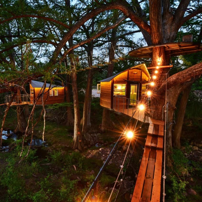 4 ngôi nhà trên cây vắt vẻo ở khe núi vùng ngoại ô Austin, Texas là điểm đến lý tưởng cho du khách.