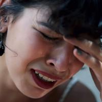 Vì sao bạn khóc?