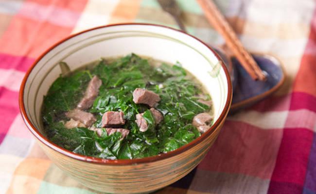 Bát canh rau ngót thịt bò vào ngày hè là món ăn giải nhiệt và cung cấp dinh dưỡng tốt nhất