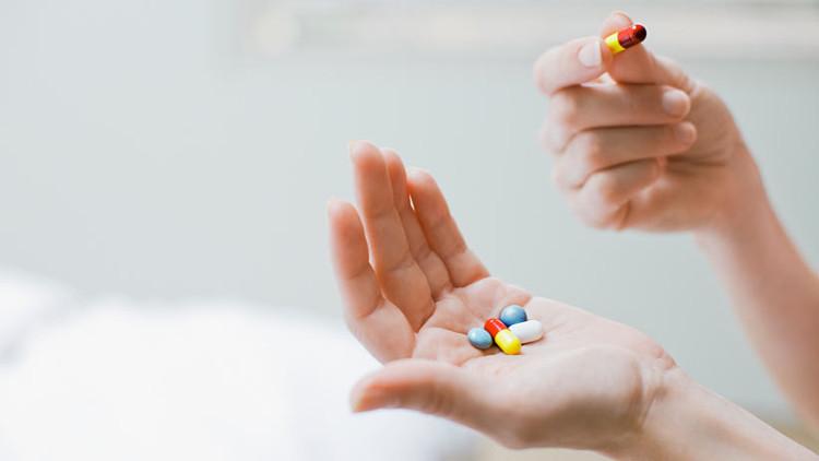 Thuốc thông mũi có hiệu quả đối với rất nhiều người bị ù và đau tai khi đi máy bay.