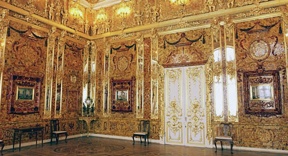 Phòng Hổ phách là một trong những kho báu lớn nhất thế giới
