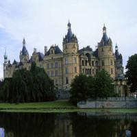 Tham quan những tòa lâu đài đẹp nhất thế giới