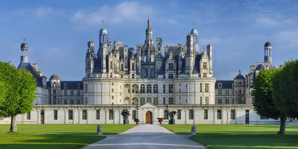 Lâu đài Chateau de Chambord ở Pháp, với kiến trúc độc đáo thời Phục hưng.