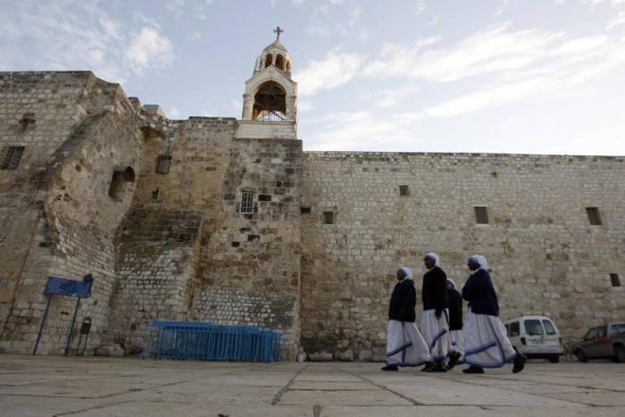 Hình ảnh bên ngoài nhà thờ Bethlehem