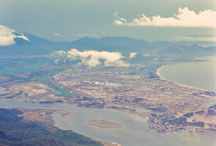 Nha Trang nhìn từ phía Nam.