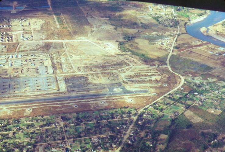 Căn cứ không quân ở Kontum.