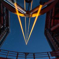 """Tạo ra """"ngôi sao nhân tạo"""" bằng 4 chùm laser siêu mạnh"""