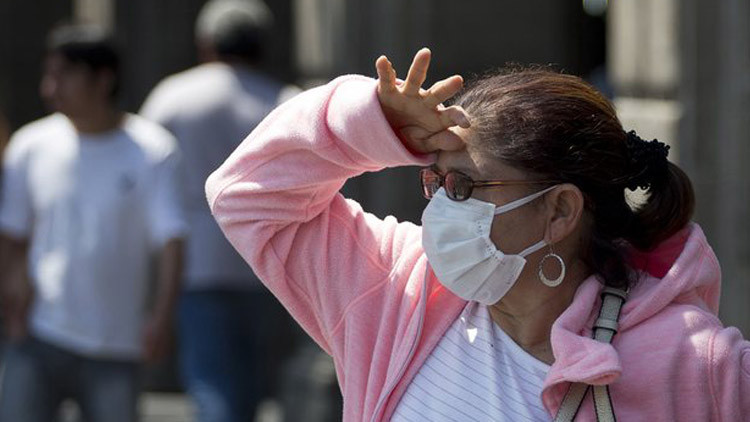 Người dẫn mỗi khi ra ngoài lại phải đối mặt với tình trạng ô nhiễm không khí nặng nề.  ô nhiễm