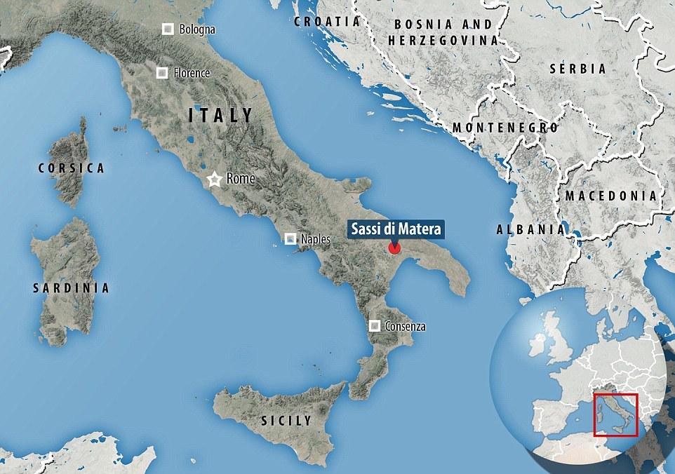 Vị trí thành phố hang đá Sassi di Matera trên bản đồ.