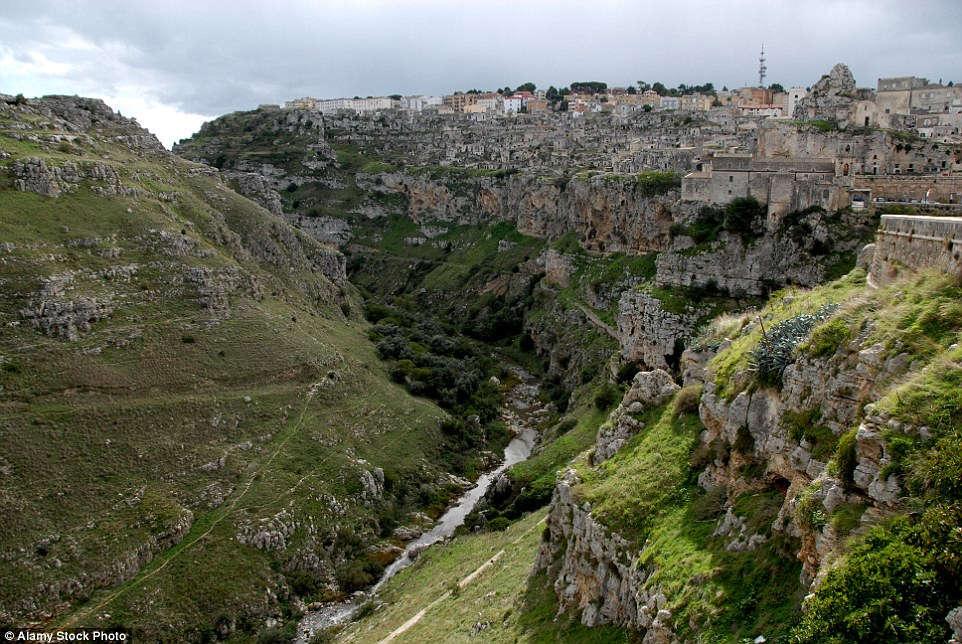 Sassi di Matera là khu dân cư cổ xưa nhất trên thế giới.