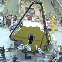 """""""Con mắt"""" vàng của cỗ máy nhìn ngược quá khứ 13,5 tỷ năm"""