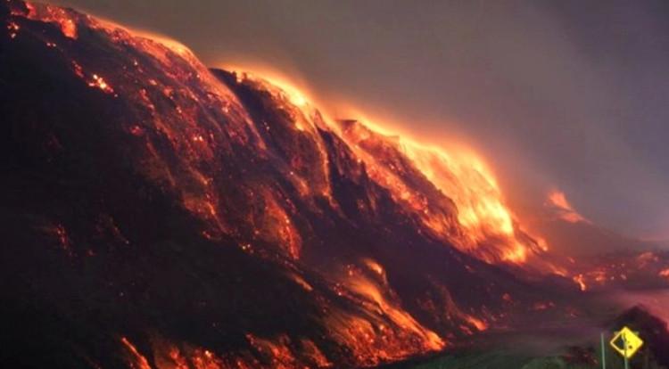 Ngọn lửa ở thị trấn Centralia đã cháy suốt 50 năm qua.