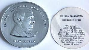 Từ năm 12 tuổi tới lúc già, Thomas Edison đã làm việc miệt mài mà không biết mỏi.