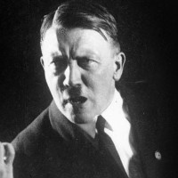Những tiết lộ gây sốc về nhà độc tài Hitler