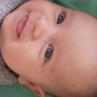 Cậu bé đầu tiên sinh ra nhờ kỹ thuật sàng lọc phôi mới