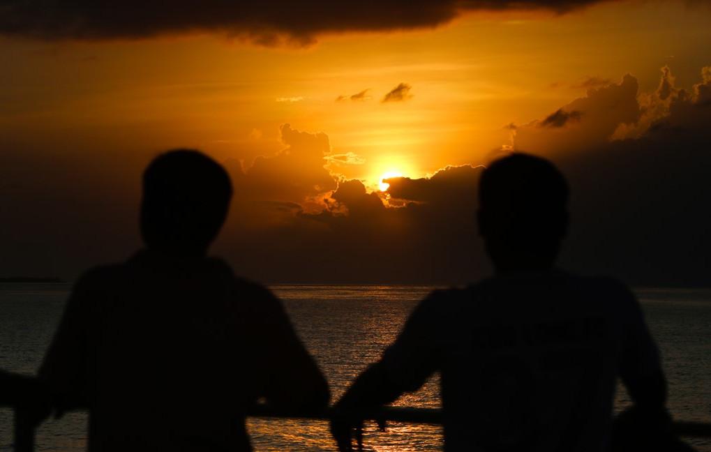 Các thủy thủ làm nhiệm vụ tại quần đảo Trường Sa thường xuyên được chiêm ngưỡng cảnh đẹp trên biển vào lúc bình minh và hoàng hôn.