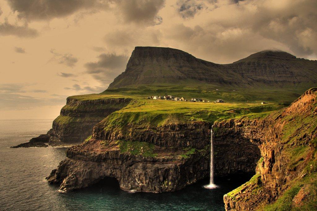 Ngôi làng ở quần đảo Faroe, Na Uy