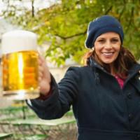 Nhậu nhẹt là không tốt, nhưng mỗi ngày uống 1 lon bia lại có lợi cho tim mạch