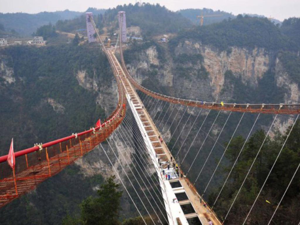 Cầu Canyon ở Trương Gia Giới, Trung Quốc