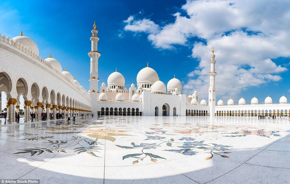Đại thánh đường Sheikh Zayed, Abu Dhabi, Các Tiểu vương quốc Ả Rập Thống nhất (UAE)
