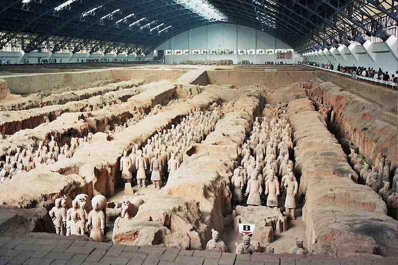Đội quân đất nung được phát hiện trong khu mộ của Tần Thủy Hoàng