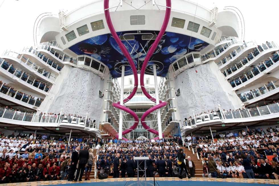 Harmony of the Seas cũng có một khu vực để tổ chức sự ở phía đuôi tàu giống như những chiếc du thuyền thuộc hạng Oasis khác.