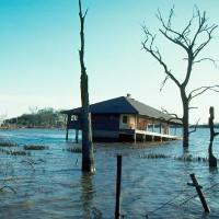 Xoáy nước nhân tạo khổng lồ nuốt chửng cả hòn đảo