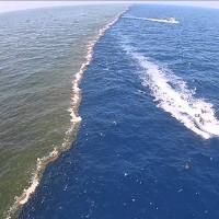 """Khám phá hiện tượng kỳ bí """"Mặt biển chia đôi"""" trên mỗi đại dương"""