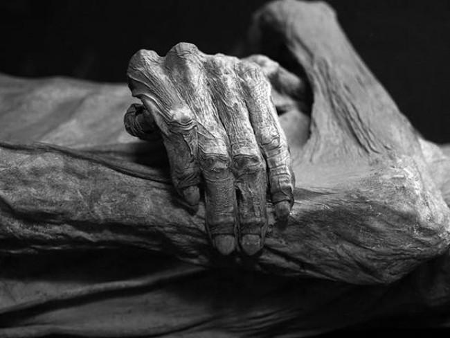Một trong những xác ướp điển hình đã bị chôn sống là cô gái tên Ignacia Aguilar.