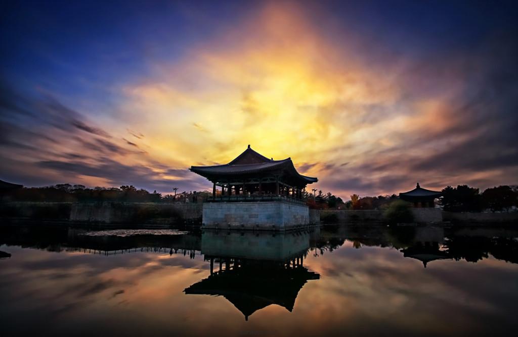 Hồ Anapji ở Gyeongsangbuk-do, Hàn Quốc.
