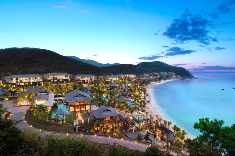 Đảo Hải Nam, Trung Quốc, có hệ động thực vật giống Việt Nam.