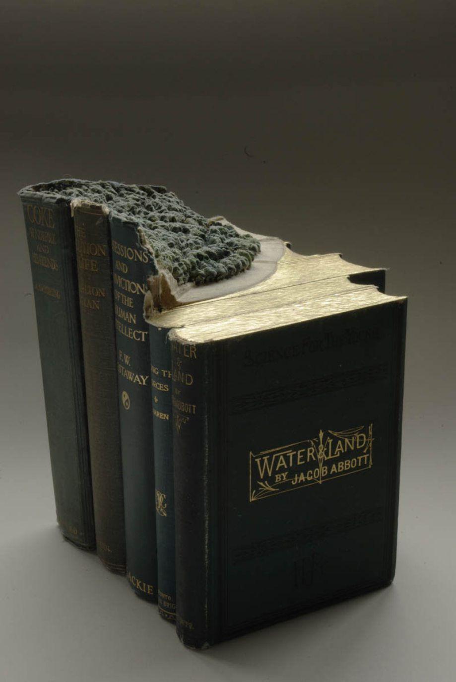 Những tác phẩm này của ông được xếp vào hai sê ri The Great Wall và Biblios.