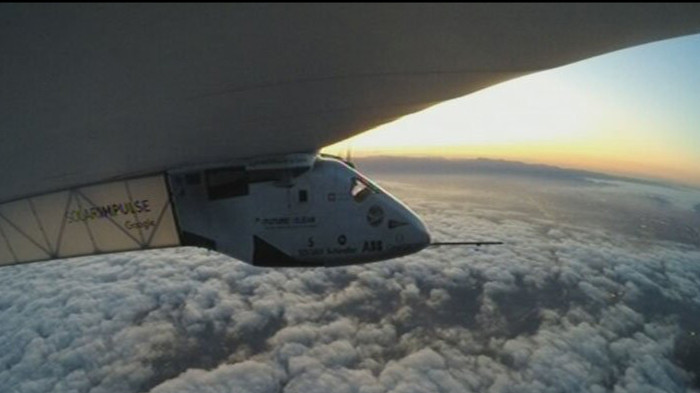 Máy bay Solar Impulse 2.