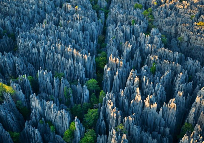 Những mỏm đá và hẻm núi được hình thành qua hàng triệu năm