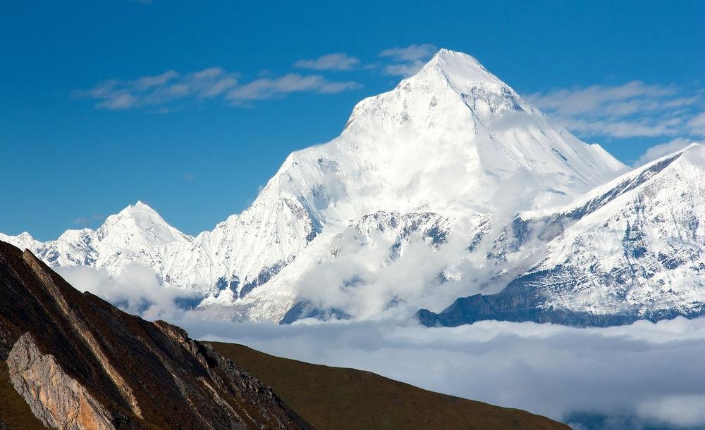 Dhaulagiri (chiều cao: 8.167m)