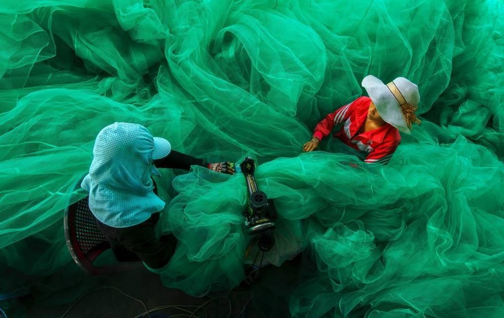 Một khung cảnh lao động tuyệt vời của những người ngư dân Việt Nam.