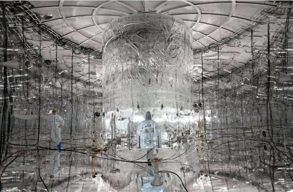 Cỗ máy Germanium Detector Array (GEDRA) giúp tìm hiểu tại sao con người tồn tại.