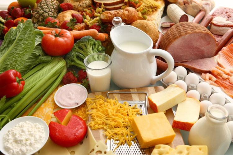 Nếu bạn đang theo chế độ ăn kiêng, ăn ít hơn bình thường thì cơ thể cũng dễ mệt.