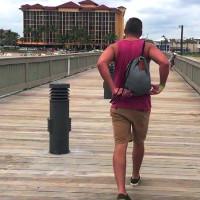 Video: Có chiếc balo này, phường móc túi sẽ bỏ nghề hết