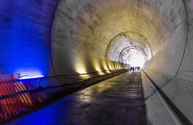 Sau khi đưa vào sử dụng, hầm đường sắt GBT sẽ là huyết mạch giao thông – vận tải bắc – nam của khu vực châu Âu với tổng chiều dài hơn 57 km.